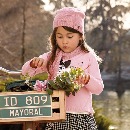 Dievčenský pletený pulóvrik s kamienkami