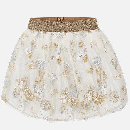Krásna tylová sukňa vyšívaná s kvetmi