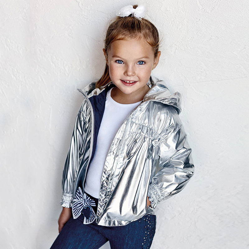 Dievčenská metalická prechodná bunda