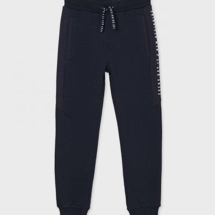 Chlapčenské športové nohavice s vreckami a s nastaviteľným pásom